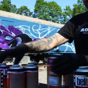 VIDEO - ORUS paints the MOLOTOW Train